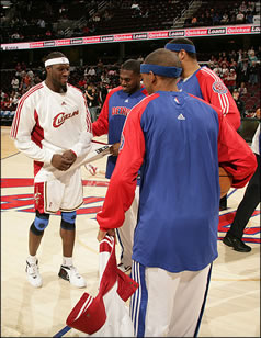 wallce-and-former-teammates.jpg